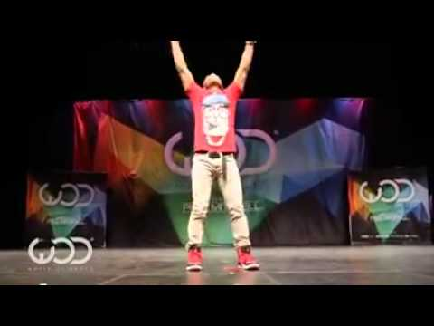 Dubstep dance (Chain hang low) crizzly &...