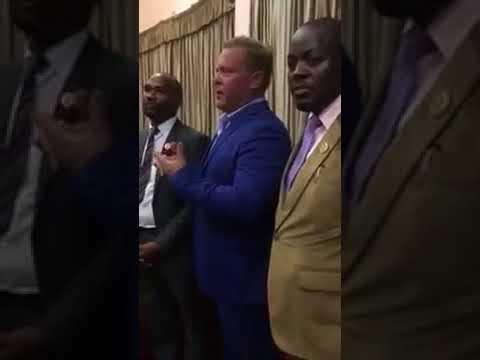 OneLife Ambassador Kari Wahlroos Educating Uganda People Session June 2017