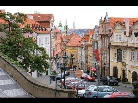Praga - Praha - Prag - Prague - Malá Strana - Kościół św  Mikołaja - Malostranské náměstí