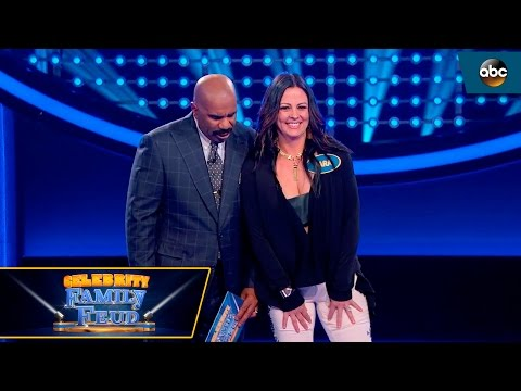 Sara Evans Fast Money - Celebrity Family Feud