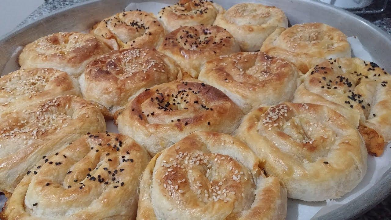 Hazır Yufkadan Patatesli Gül Böreği