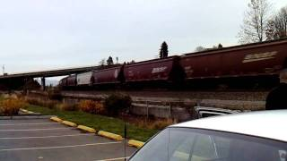 BNSF grain train at Mukilteo, Wash catches me off guard (again)!