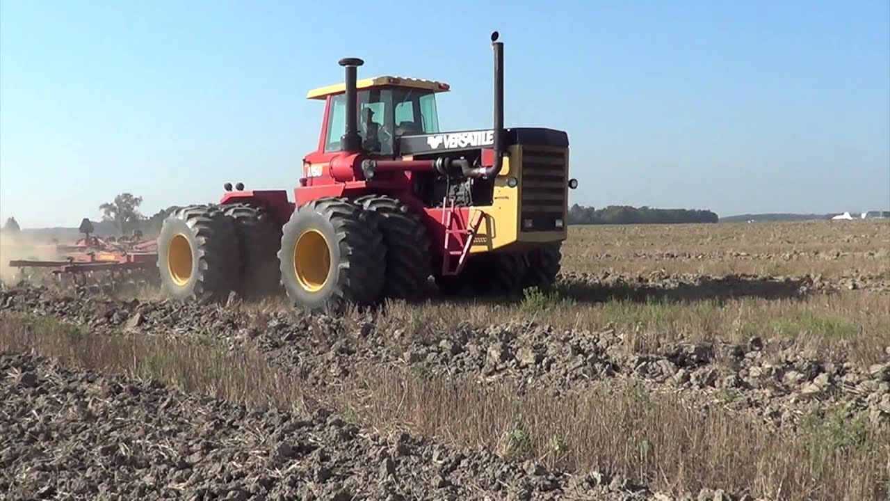Chisel Plowing With A Versatile 1150 Tractor In Ohio Youtube