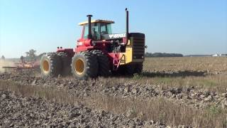Chisel Plowing with a Versatile 1150 Tractor in Ohio