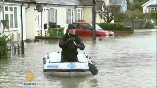 Repeat youtube video Thousands of UK homes under threat by floods