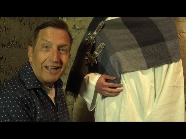 Schätze aus der Sülchenkirche: Kleider machen Leute - nicht nur heute