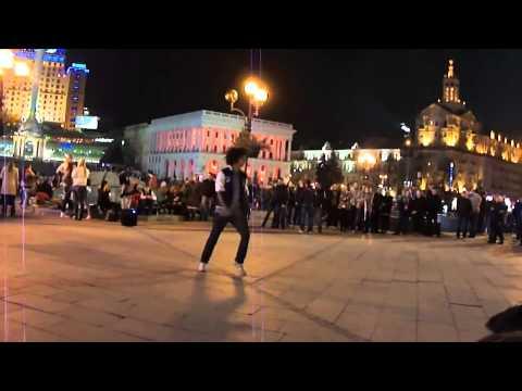 Уличные танцоры Майдан Киев