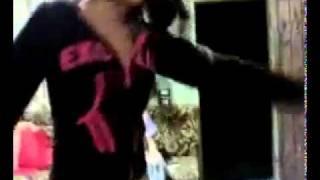 رقص سوريات وسعوديات