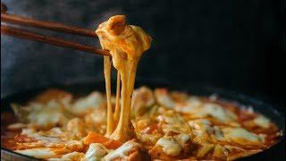 KOREAN STIR-FRIED CHICKEN - Gà xào phô-mai kiểu Hàn Quốc