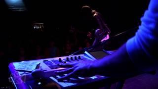 VHS or BETA - Solid Gold (Live in Sydney) | Moshcam