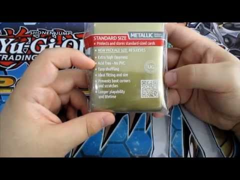 TCG Accessories : Ultimate Guard Standard Size Mettalic Gold Sleeves Review!