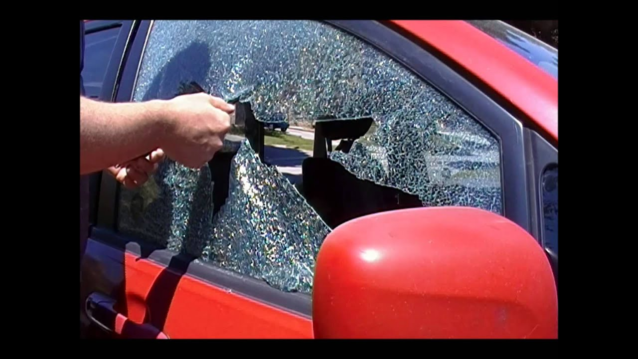 Car Window Breaker Amp Seat Belt Cutter Demo Youtube