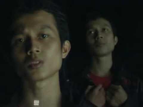 Hijau Daun - Cobalah (Klip Iseng Doang...)