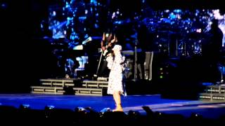 Eminem & Rihanna- airplanes and stan live