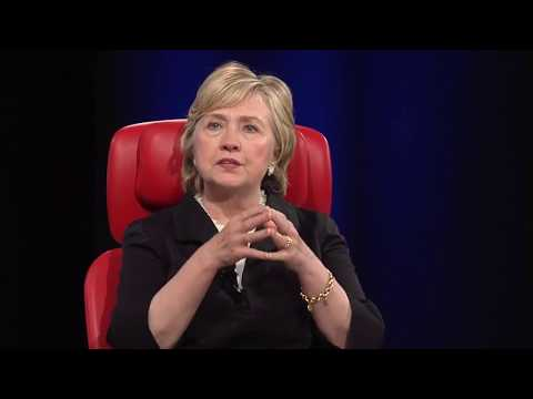 Interview Hillary Clinton @ Code Conference stage.