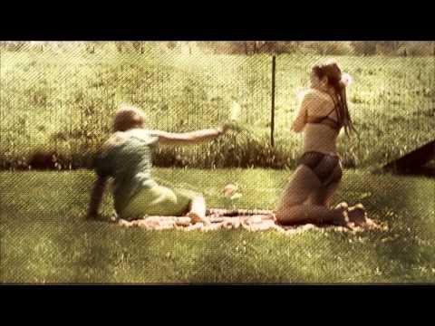 """Alice"" - Wearyland - Official Video (Son Canciones, 2015)"