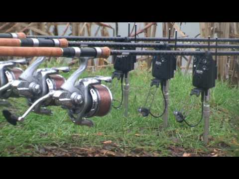 CarpCrusader Movie 12 - Lavender Hall Fishery! (North Vs South)