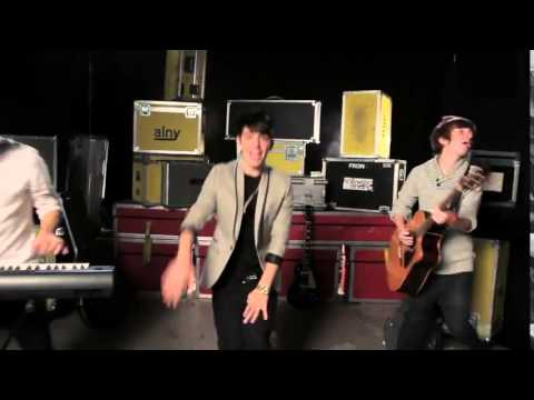 Hollywood Ending- Kiss You (Cover) - One Direction