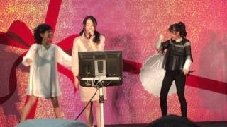 AKB48「ハイテンション」劇場盤発売記念大握手会&気まぐれオンス...