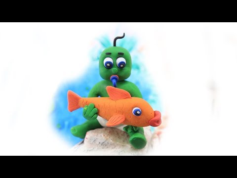 Green Baby in FUN FISHING TIME - Stop Motion Cartoons For Kids