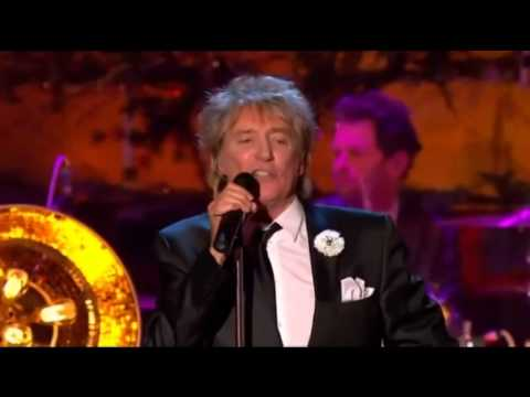 VINTAGE ROD STEWART  SKYE BOAT SONG FOLLOWED  STIRLING CASTLE PERFORMANCE!