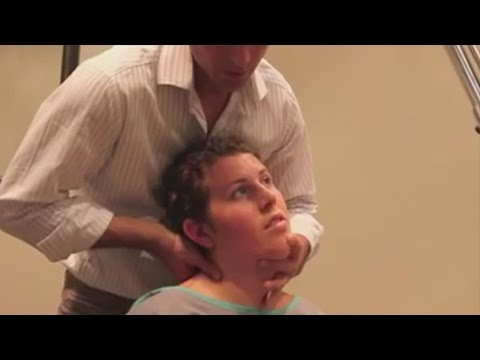 Dr Ian - Woman has ACUTE NECK PAIN - FIXED by Gonstead Chiropractic