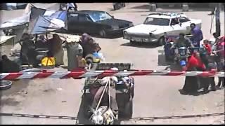 """""""آخر المشى ورا الحمير"""".. بالفيديو: نجاة صاحب """"كارو"""" من الموت تحت قطار بمزلقان طوخ"""