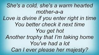 Seeed - Love Is The Queen Lyrics