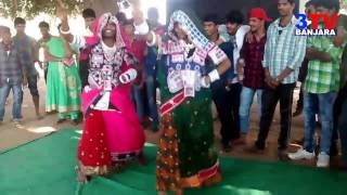 "Banjara Boys Dance with Ladies traditional dress on ""Poria Gadeyhi Aayee"" Song  | 3TV BANJARA"