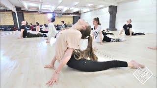 Floor Work Technique / Dmitry Akimenko