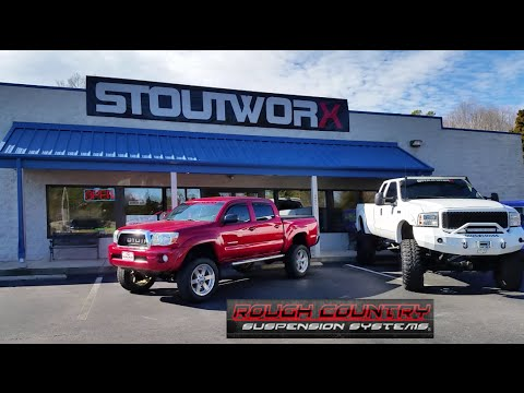 Lifted Toyota Tacoma >> Rough Country 6 Inch Lift Kit Time Lapse Installation - Toyota Tacoma - YouTube