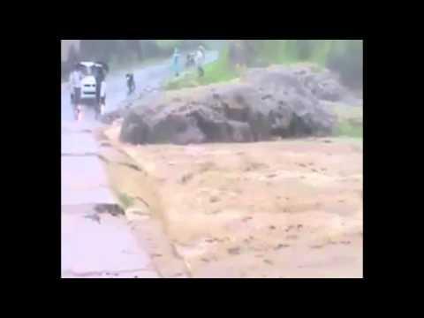 Como não atravessar uma enchente de MOTO