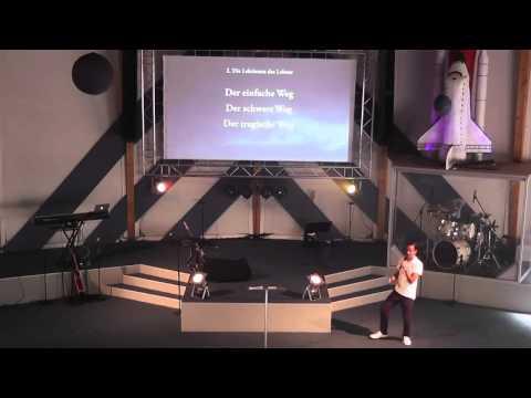 pastor Mario Wahnschaffe ( Houston, wir haben ein Problem)