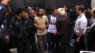Քաղաքացիներն արգելափակել են Գլխավոր դատախազության և Վճռաբեկ դատարանի շենքերի մուտքերը