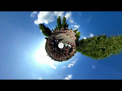 Berlin Mauerpark Karaoke in 360 Degrees Virtual Reality - 4Bridge
