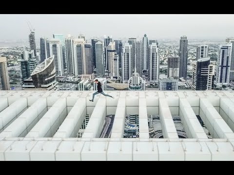 DUBAI ROOFTOP STRIDES OVER DEATH DROP!!!