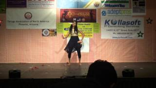 Telugu 2013 latest Hits - Dance performance (Iddarammayilatho violin song)