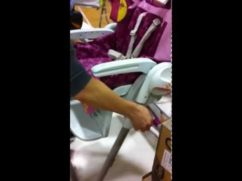 Polly High Chair – Adjustable Seat Height Feature