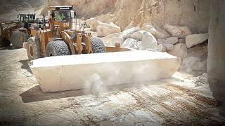 Crema Marfil Coto Quarry by Levantina