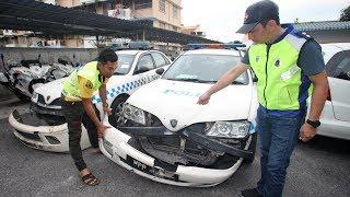 Mat rempit rempuh polis