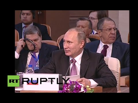 LIVE: Putin and Rouhani take part in plenary session in Tehran