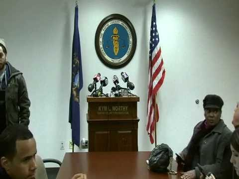 Prosecutor Worthy holding press conference regarding Sgt. Collin Rose's case