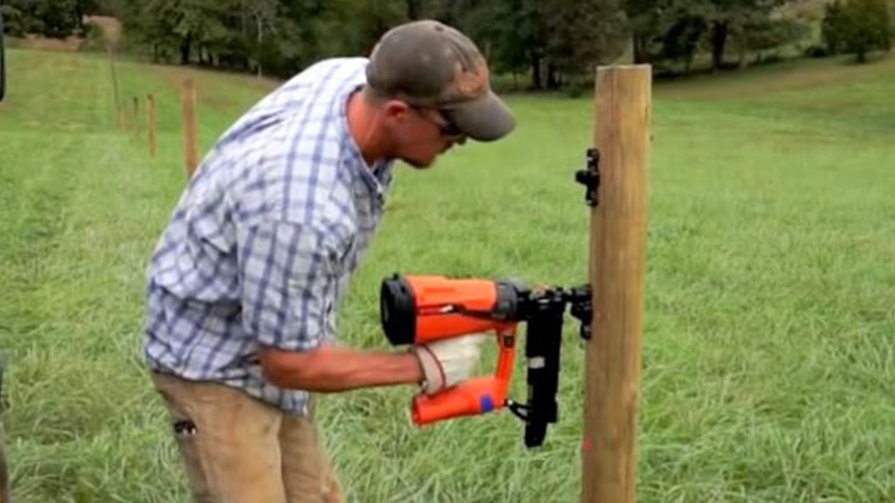 Cordless Fencing Stapler Youtube