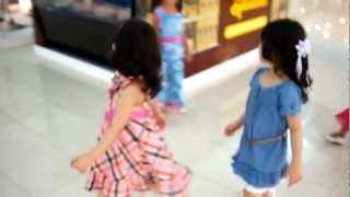 """Tulin & Tala"", late at mall بابا نزل معاشة"