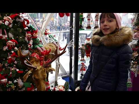 Laura the frenchie girl - My Christmas in New York - 2016