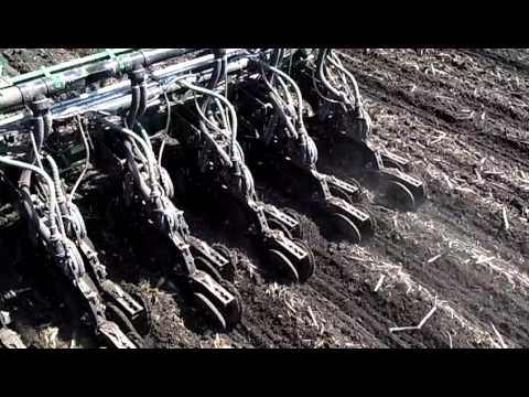 Twin Row Planter On Strips2 Mp4 Youtube