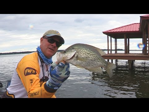 FOX Sports Outdoors SouthWEST #18 - 2017 Dock Shooting For Crappie at Lake Palestine, Texas