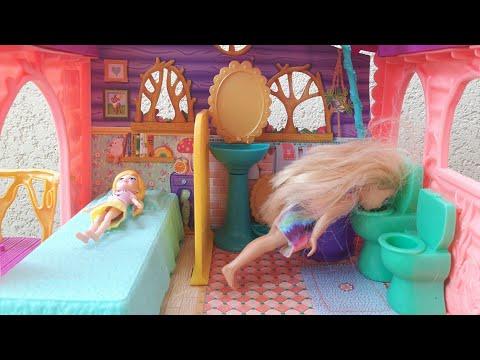 Uyurgezer Barbie Kardeşi Polly Pocket