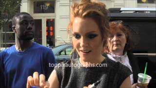 Darby Stanchfield - Signing Autographs at the Apple Store in NYC