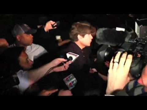 Raw Video: Blagojevich Leaves Home for Prison